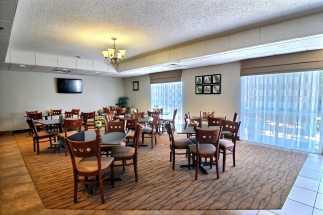 Jacksonville NC Sleep Inn and Suites - Breakfast Lounge Area at Sleep In